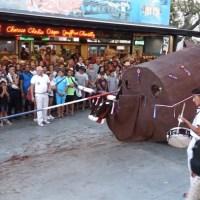 209 ème fête de Mèze - La mort du boeuf (La totalité)