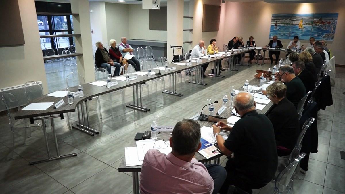 Conseil municipal de la ville de Mèze du 17-10-18 - guichet unique