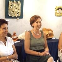 """L'atelier """"Caracterre"""" de Steffi Steffens-Pecorai en exposition à la bibliothèque de Mèze"""