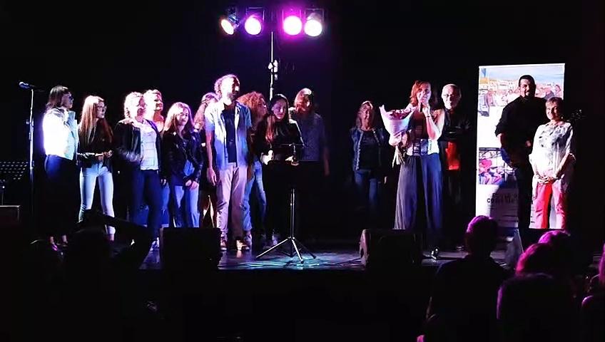 Thau Voice Académie : Les élèves interprètent «Allumer le feu» de Johnny Halliday