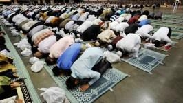 Започва свещения за мюсюлманите месец Рамазан