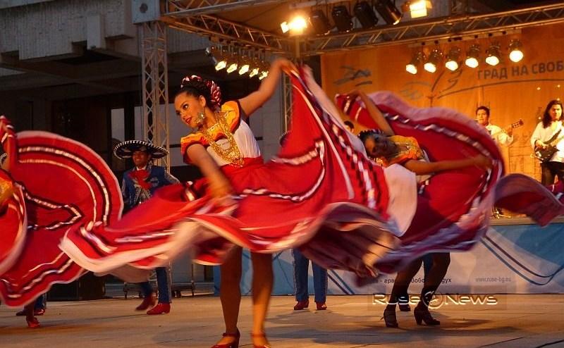 Велико Търново става световна столица на фолклора