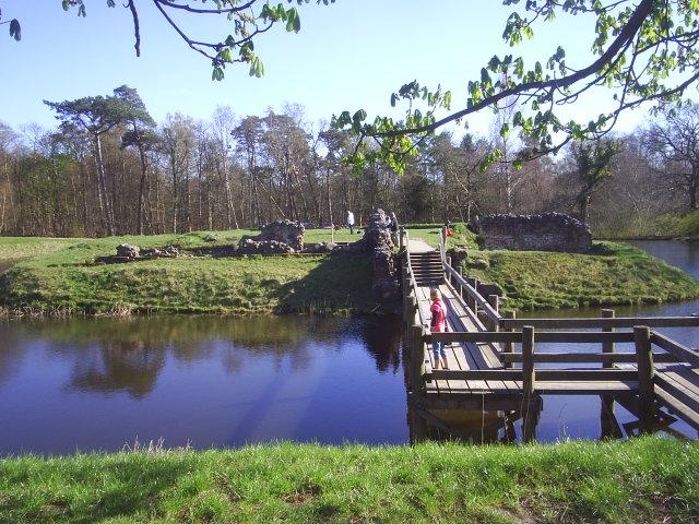 Asserbo Castle Ruin, Tisvilde hegn. Photo 18. april 2009