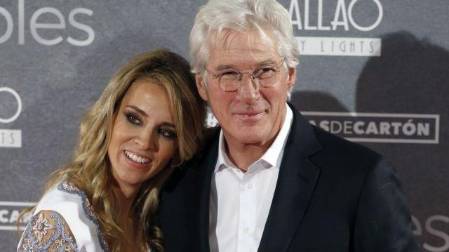 Richard Gere tiene un hijo a sus 69 años con su esposa Alejandra Silva