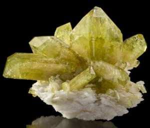 Бразилианит-1