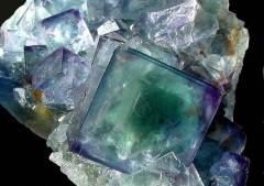Флюорит-История-происхождение-и-астрологические-свойства-7