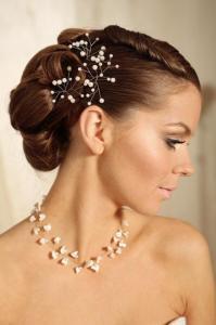 Свадебная-бижутерия-необходимая-деталь-в-свадебном-наряде-6