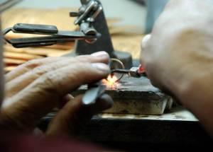 Как-открыть-ювелирную-мастерскую-2
