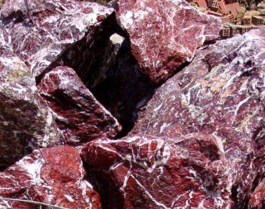 Мрамор-Физические-свойства-добыча-применение-и-фото-мрамора-6