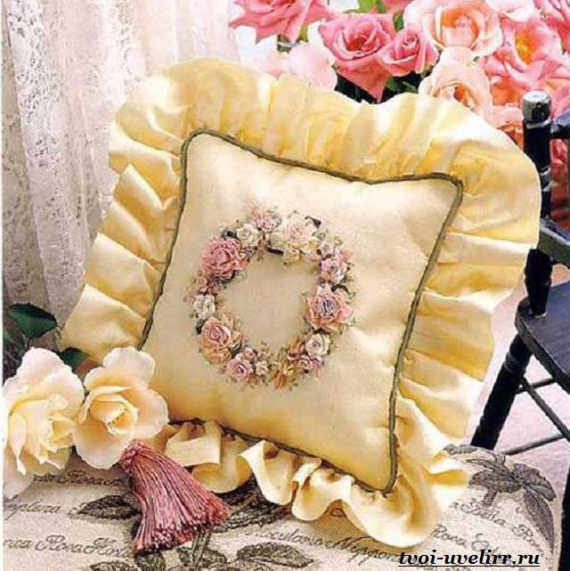 Цветы-из-лент-Как-сделать-цветы-из-лент-своими-руками-11