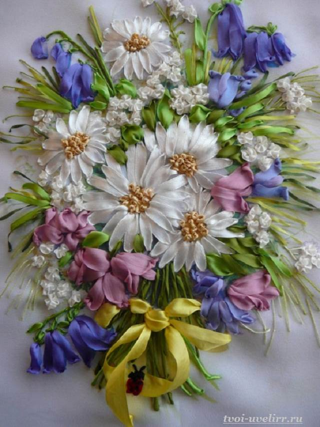 Цветы-из-лент-Как-сделать-цветы-из-лент-своими-руками-14