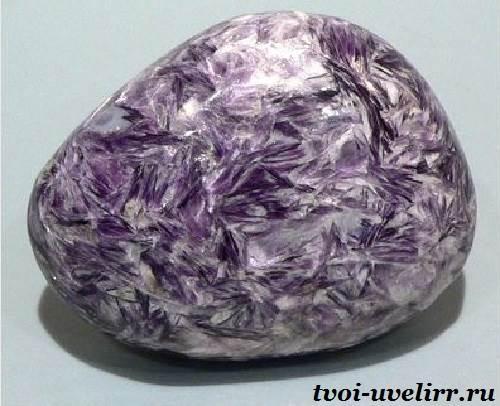 Лепидолит-камень-Свойства-и-описание-лепидолита-4