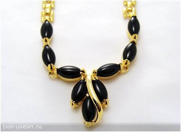 Чёрный-камень-Популярные-чёрные-камни-16