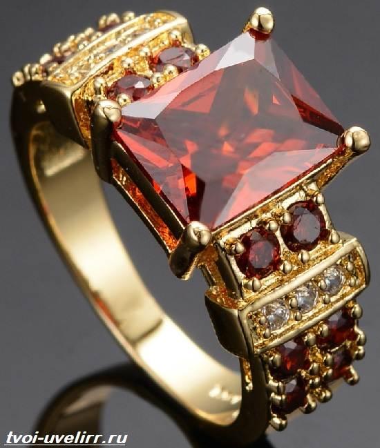 Что-такое-рубин-Свойства-добыча-применение-и-цена-рубина-7