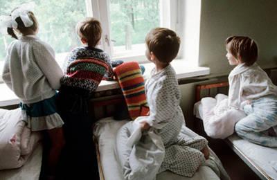 Взять опеку над ребенком из детского дома