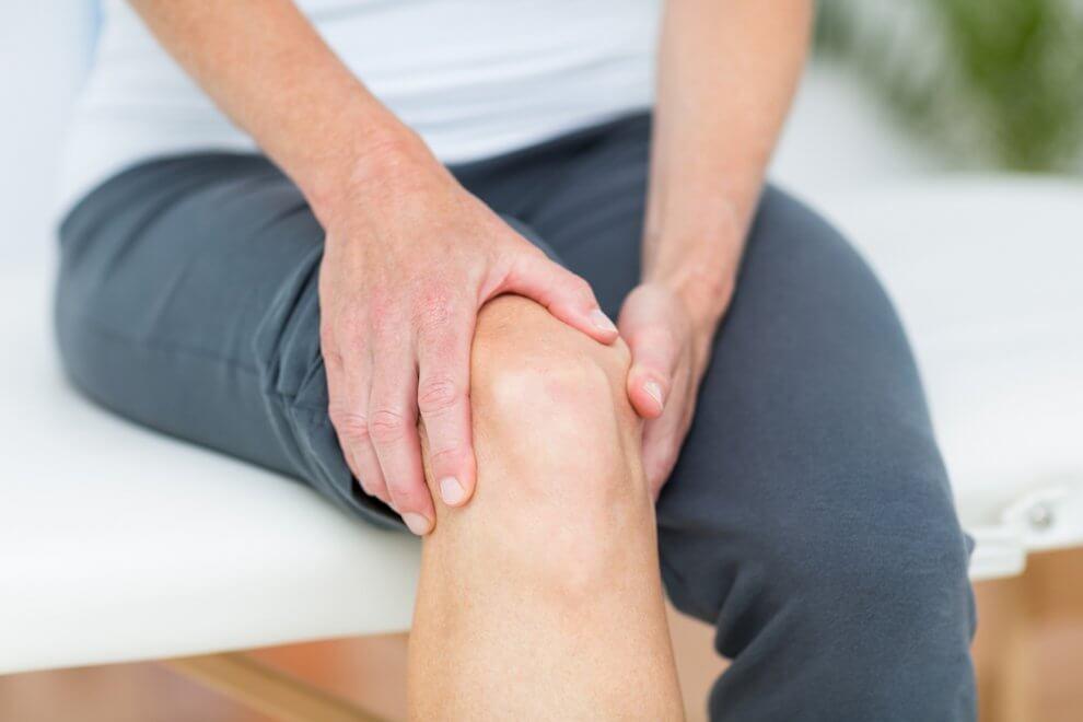 Боль и тяжесть в ногах ниже колен