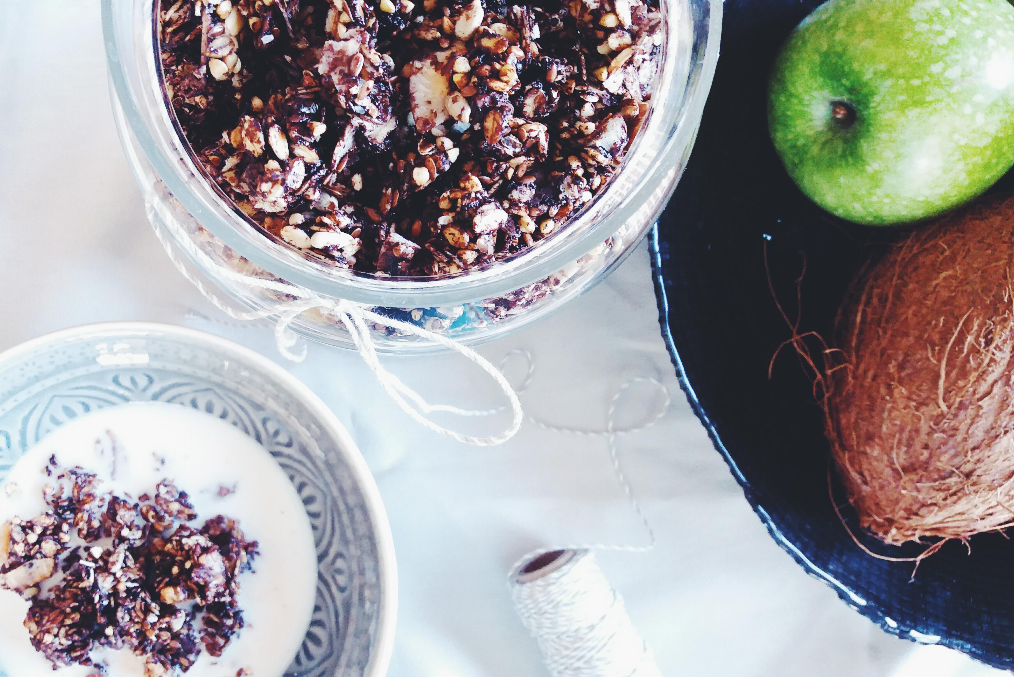 Čokoládová granola s pohankou