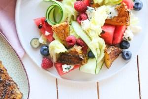 Ovocný salát s ostrým grilovaným ananasem