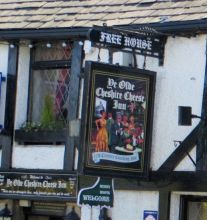 Ye Olde Cheshire Cheese Inn, Castleton. Another old pub in the Peak District