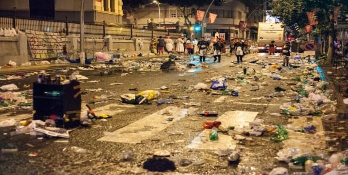Resultado de imagen de basura carnaval mazatlan