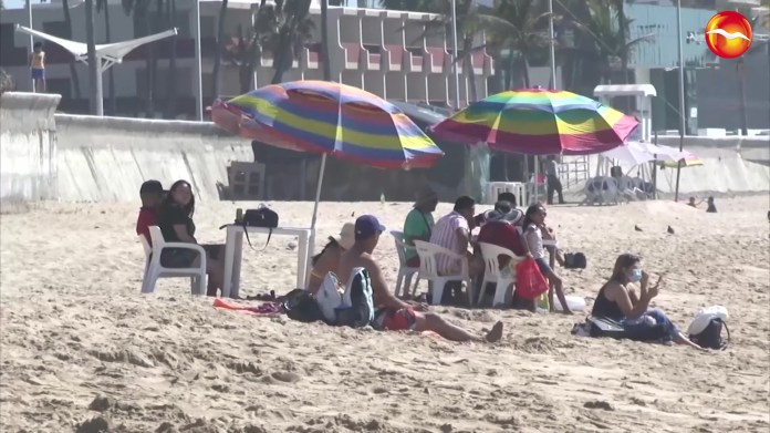 They will check even the ice boxes at Easter in Mazatlán