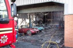 TVR traurige Überreste nach Brand (6)