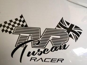 Circuit de Dijon-Prenois Samuel Benz siegt im Tuscan Racer (5)