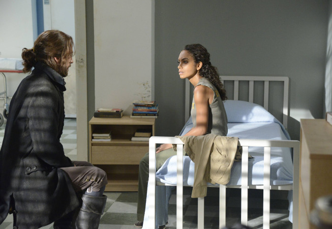 Ichabod Crane (Tom Mison) visits  Jenny Mills (Lyndie Greenwood) in her hospital room on Sleepy Hollow