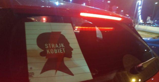 Manifestacja kobiet w Częstochowie: policja użyła gazu pod Jasną Górą
