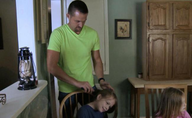 Single Dad Seeking Tlc Teases May Series Premiere