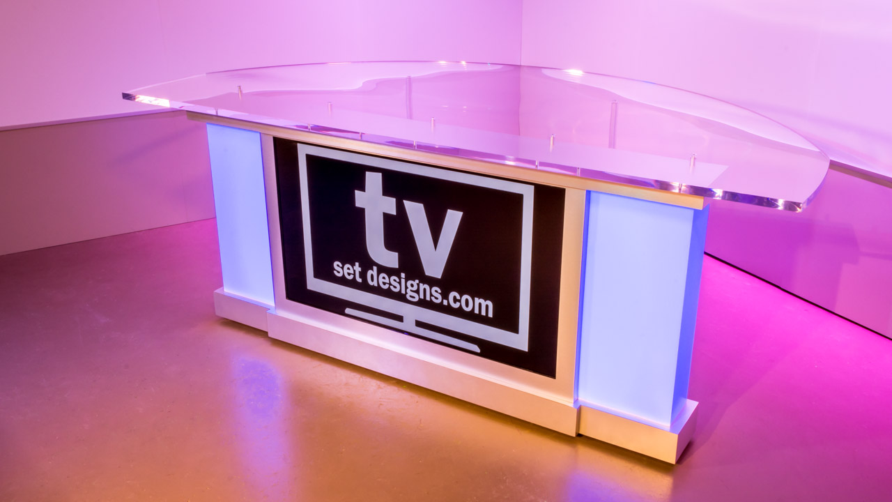 Monolith News Desk  TV Set Designs