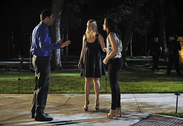 """THE LYING GAME - """"The Grave Truth"""" - It's a race against time in the search for a missing loved one on a brand-new episode of """"The Lying Game,"""" airing on March 5 (9:00-10:00 PM ET/PT) on ABC Family. (ABC FAMILY/FELICIA GRAHAM) ANDY BUCKLEY, ALLIE GONINO, ALEXANDRA CHANDO"""