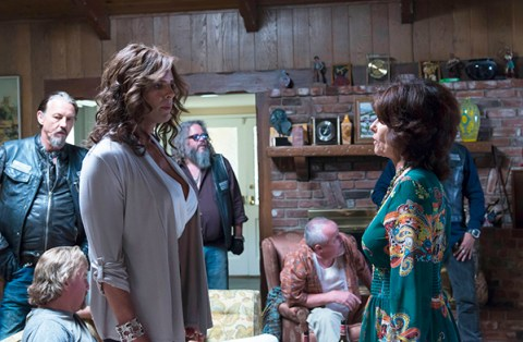 SONS OF ANARCHY Sweet and Vaded -- Episode 607 -- Airs Tuesday, October 22, 10:00 pm e/p) -- Pictured: (L-R) Tommy Flanagan as Filip 'Chibs' Telford, Walton Goggins as Venus Van Dam, Mark Boone Junior as Robert 'Bobby' Munson, Adrienne Barbeau as Alice -- CR: Prashant Gupta/FX