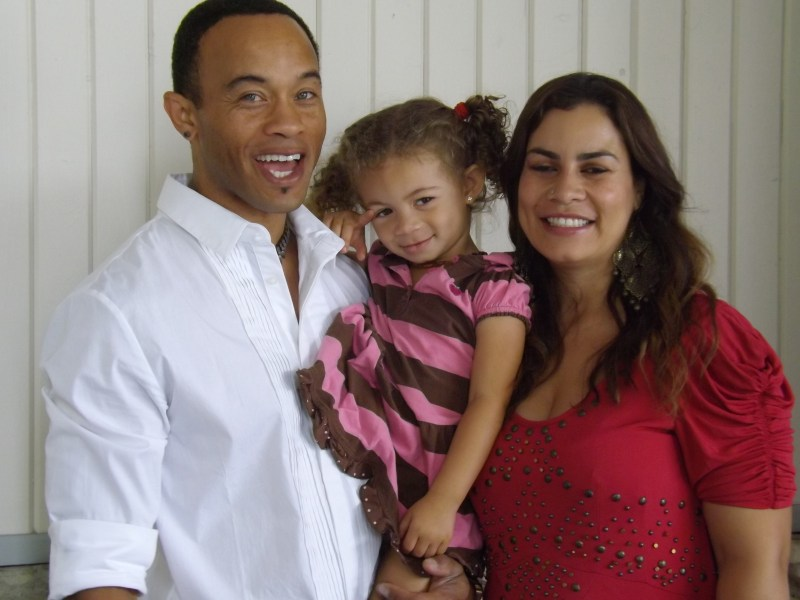 Kiko Ellsworth (Jamal Woods) and Christine Carlo (Leticia Juarez) with daughter.