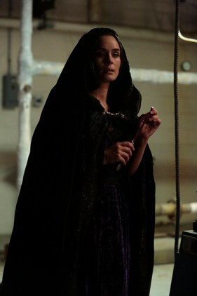 "SLEEPY HOLLOW: Pandora (Sannyn Sossamon) in the ""Blood & Fear"" episode of SLEEPY HOLLOW airing Thursday, Oct. 15 (9:00-10:00 PM ET/PT) on FOX. ©2015 Fox Broadcasting Co. CR: Carin Baer/FOX"