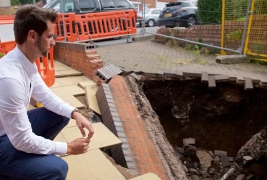 Gone: Sinkholes: Deadly Drops