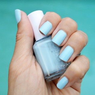Essie blue la la nail polish summer