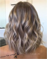 3 popular short wavy hairstyle source theundercut.com