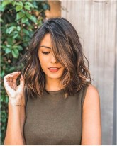 3 short wavy hairstyle for thick hair