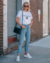 Boyfriend jeans outfits fashion girls