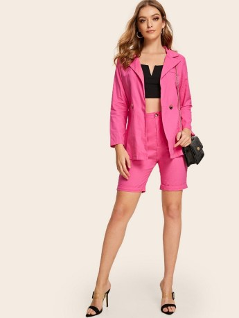 Solid notch neck blazer with shorts