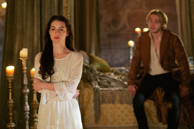 """Reign -- """"Forbidden"""" -- Image Number: RE215a_0396.jpg -- Pictured (L-R): Adelaide Kane as Mary, Queen of Scotland and France and Toby Regbo as King Francis II -- Photo: Sven Frenzel/The CW -- © 2015 The CW Network, LLC. All rights reserved."""