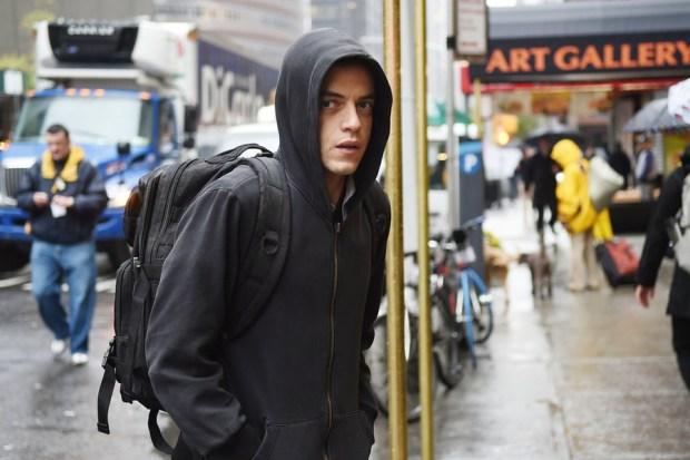 "MR. ROBOT -- ""hellofriend.mov"" Episode 101 -- Pictured: Rami Malek as Elliot -- (Photo by: Sarah Shatz/USA Network)"
