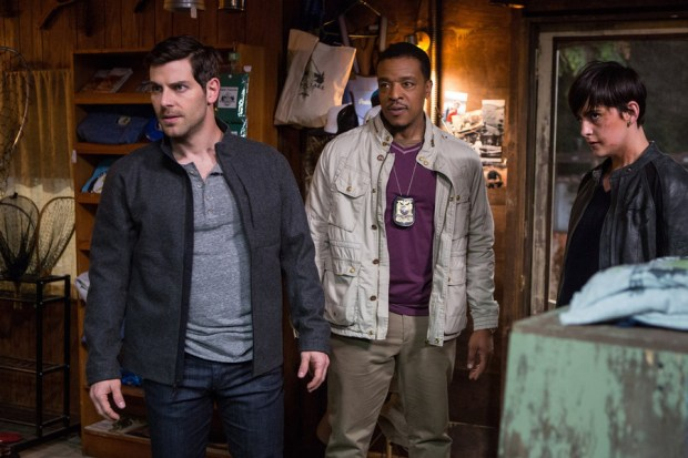 """GRIMM -- """"A Reptile Dysfunction"""" Episode 508 -- Pictured: (l-r) David Giuntoli as Nick Burkhardt, Russell Hornsby as Hank Griffin, Jacqueline Toboni as Trubel -- (Photo by: Scott Green/NBC)"""