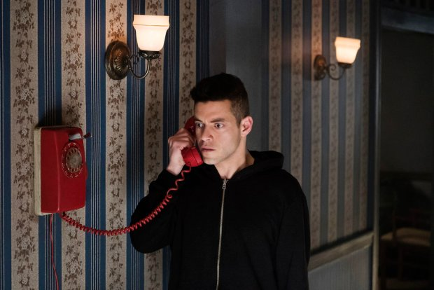 "MR. ROBOT -- ""eps2.0_unm4sk%u2010pt2.tc"" Episode 202 -- Pictured: Rami Malek as Elliot Alderson -- (Photo by: Peter Kramer/USA Network)"