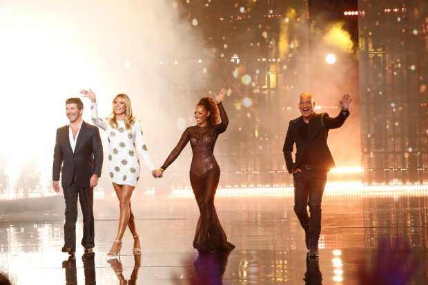 "AMERICA'S GOT TALENT -- ""Live Show 1"" Episode: 1112 -- Pictured: (l-r) Simon Cowell, Heidi Klum, Mel B, Howie Mandel -- (Photo by: Trae Patton/NBC)"