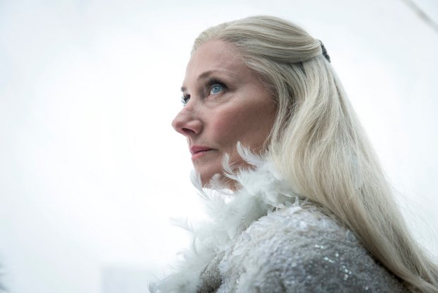 "EMERALD CITY -- ""The Beast Forever"" Episode 101-- Pictured: Joely Richardson as Glinda -- (Photo by: David Lukacs/NBC)"