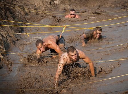 runners-navigate-an-obstacle-course-stocktrek-images