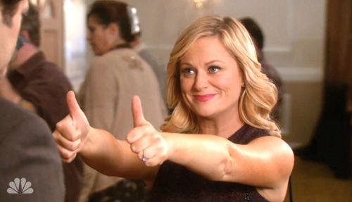 amy-poehler-thumbs-up