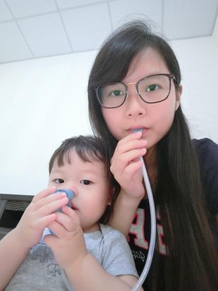 (寶寶用品)家中必備吸鼻器怎麼挑選?Baby Comfy Nos吸鼻器!讓寶寶不怕吸鼻涕! @ 蘋果 :: 痞客邦
